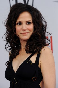 Mary Louise Parker arrives at the AFI Lifetime Achievement Awards in Culver City, California