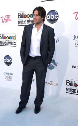 NHL player Mike Fisher arrives at the 2012 Billboard Music Awards in Las Vegas, Nevada