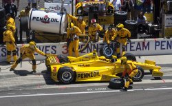 CASTRONEVES EARLY PIT AT INDY 500