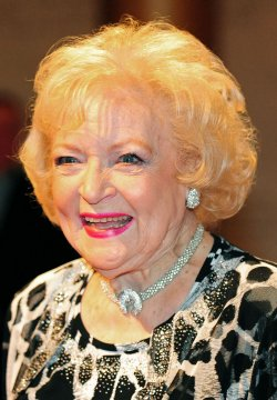 Betty White arrives for the 2010 Mark Twain Prize in Washington