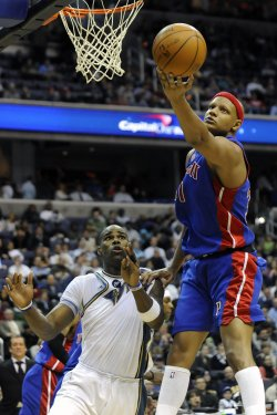 Charlie Villanueva Rebounds in Washington