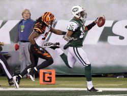 New York Jets Brad Smith scores a 53 yard touchdown at New Meadowlands Stadium in New Jersey