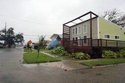 Hurricane Isaac slams New Orleans