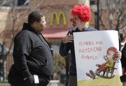 Nugent protests Ronald McDonald in Chicago