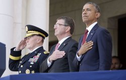 President Obama Lays Wreath On Tomb Of The Unknowns On Memorial Day