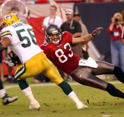 NFL FOOTBALL - TAMPA BAY BUCCANEERS VS. GREEN BAY PACKERS
