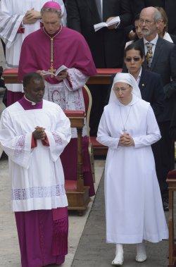 Pope Francis declares Popes John XXIII and John Paul II Saint