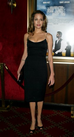 "PREMIERE OF ""THE ASSASSINATION OF JESSE JAMES"" IN NEW YORK"