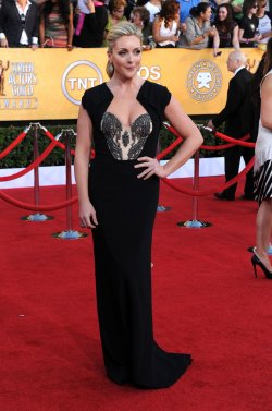 Actress Jane Krakowski arrives at the 18th annual Screen Actors Guild Awards in Los Angeles