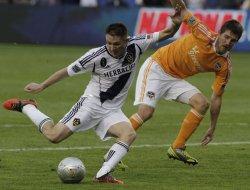 MLS Cup: Los Angeles galaxy vs. Houston Dynamo in Carson, California