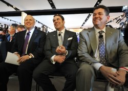 GM execs Akerson, Reuss and Perry at the 2011 NAIAS in Detroit