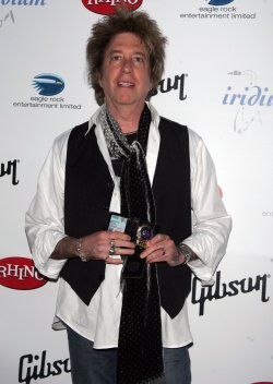 "Ricky Byrd arrives for ""A Celebration of Les Paul"" concert in New York"