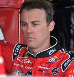 Harvick waits to practice for the Kobalt Tools 500 in Arizona.