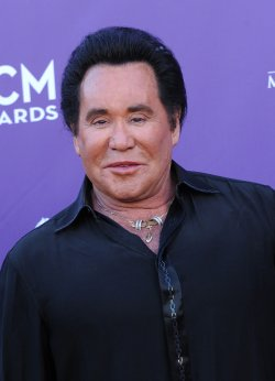 Singer Wayne Newton arrives at the Academy of Country Music Awards in Las Vegas
