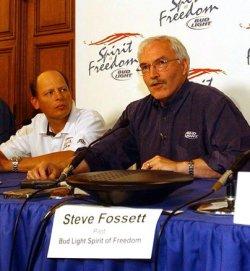 Steve Fossett circles the globe in a balloon