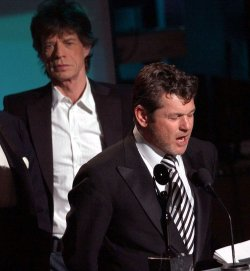 MICK JAGGER INDUCTS JANN WENNER INTO THE ROCK AND ROLL HALL OF FAME