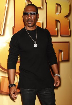 "Eddie Murphy arrives for the ""Tower Heist"" Premiere in New York"