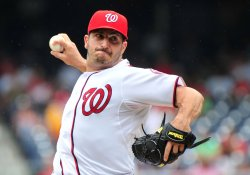 Washington Nationals pitcher Jason Marquis pitches against the Seattle Mariners in Washington