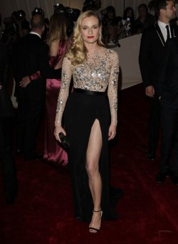 Diane Kruger arrives at the Costume Institute Gala Benefit in New York