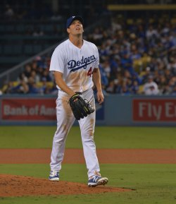 Dodgers' Rich Hill goes six innings against Giants in Los Angeles