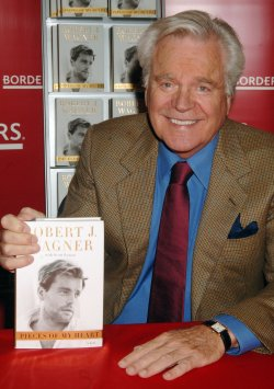 "Robert Wagner promos his memior ""Pieces of My Heart"""