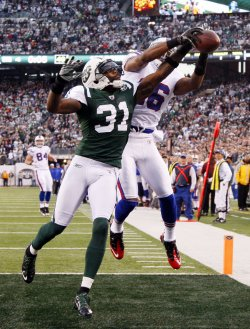 New York Jets Antonio Cromartie breaks up a pass intended for Buffalo Bills Brad Smith at MetLife Stadium in New Jersey