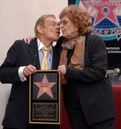 STILLER AND MEARA RECEIVE STAR ON HOLLYWOOD WALK OF FAME