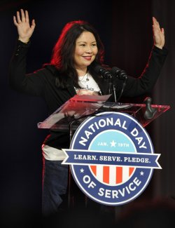 Rep Tammy Duckworth participates in National Day of Service in Washington