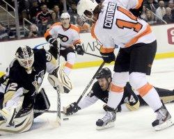 Philadelphia Flyers vs Pittsburgh Penguins in Pittsburgh