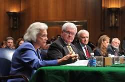 Senate Aging Committee investigates Alzheimer's in Washington