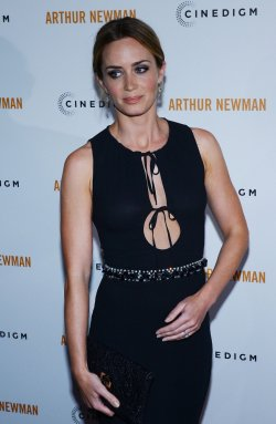 "Emily Blunt attends the ""Arthur Newman"" premiere in Los Angeles"