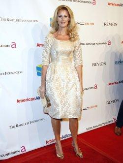 "Sandra Lee arrives at "" An Enduring Vision"" Elton John Aids Foundation Benefit in New York"