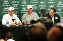 Brett Favre traded to the New York Jets