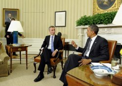Obama meets with Norway's PM in Washington