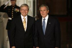 U.S. President Bush welcomes world leaders to G20 Summit in Washington