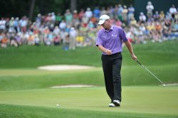 Stewart Cink on the 18th green during the US Open in Maryland