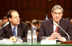FBI Director Robert Mueller testifies before the Senate Judiciary Committee