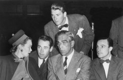 RONALD REAGAN WITH JANE WYMAN, HENRY FONDA, BORIS KARLOFF AND GENE KELLY