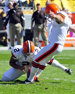 Cleveland Browns kicker Phil Dawson Scores in First Quarter in Pittsburgh