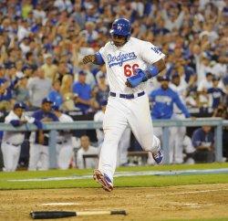 Los Angeles Dodgers vs. Atlanta Braves in Game 3 of the NLDS in Los Angeles