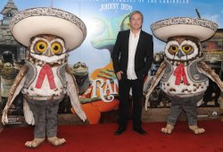 "Abigail Breslin, Gore Verbinski and Isla Fisher attend ""Rango"" photo call in London"