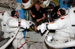 Station Astronauts Prep for U.S. Spacewalk