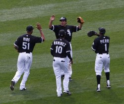 White Sox celebrate win over Indians in Chicago