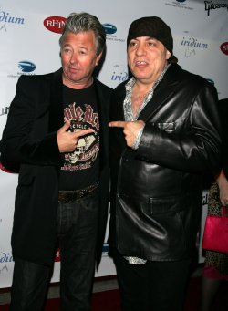 "Steve Van Zandt and Brian Setzer arrive for ""A Celebration of Les Paul"" concert in New York"