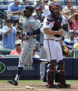 The Atlanta Braves play the Seattle Mariners