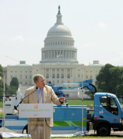 Electric delivery vehicles put into service in Washington