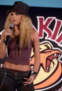 Shakira announces world concert tour