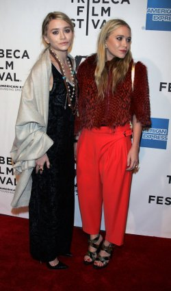 """Mary Kate and Ashley Olsen arrive for the Tribecal Film Festival Premiere of """"The Union"""" in New York"""