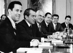 President Nixon meets with about 30 mayors to help solve the problems of cities