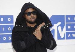 Kent Jones arrives at the 2016 MTV Video Music Awards